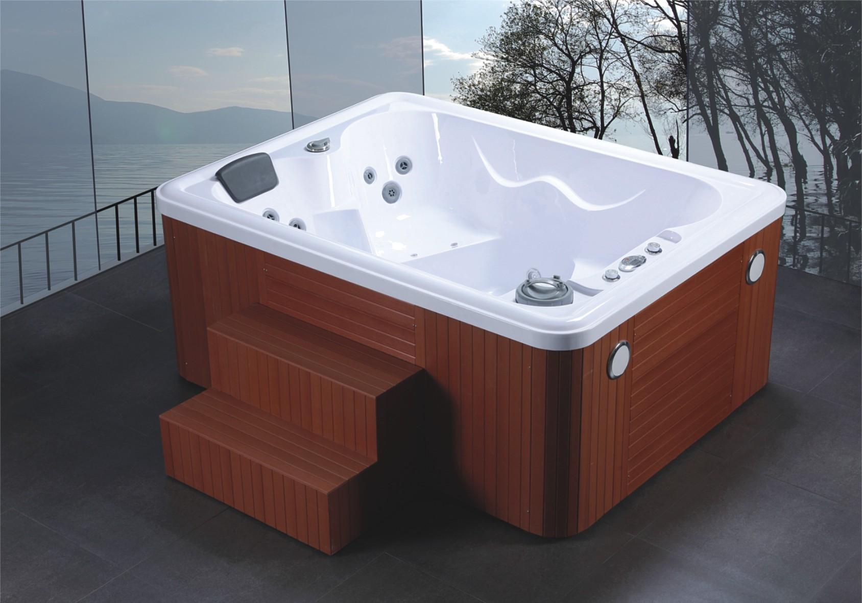 Spa in eigen achtertuin blog online sanitair - Outdoor whirlpool ...
